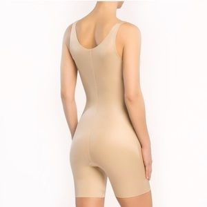 SPANX Power Conceal-Her Mid-Thigh Bodysuit! M